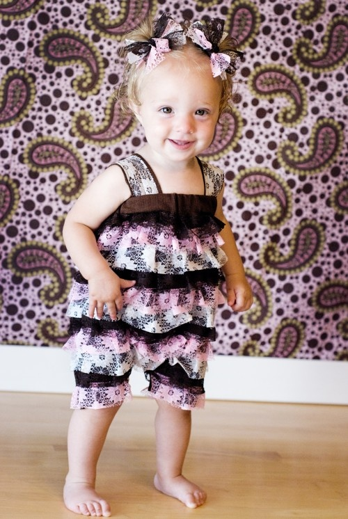 How to make a lace petti romper!  These are so cute!!!