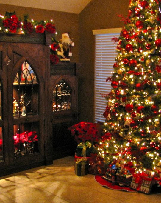 Merry Christmas from Texas, Hope everyone has a very Merry Christmas! , Bookshelf and Christmas Tree in office looking out the front window. , Holidays Design