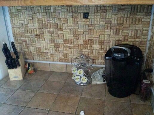 mur en bouchons de li ge mur bouchons li ge espace travail pinterest. Black Bedroom Furniture Sets. Home Design Ideas