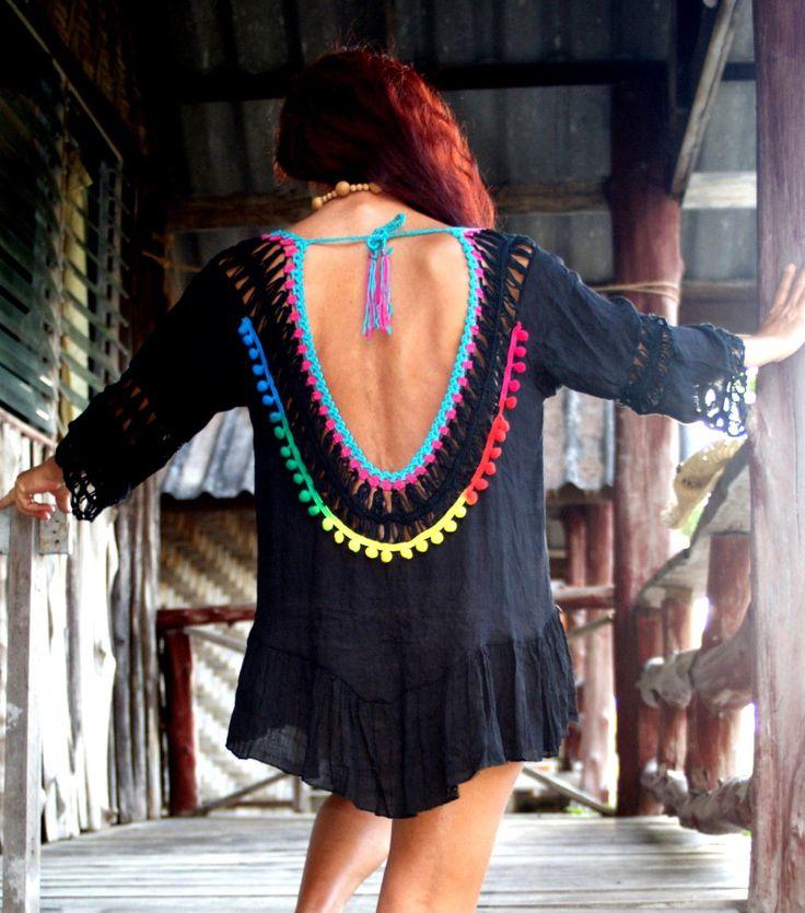 Pretty & Sexy Black Mini Dress Ibiza Style One Size Crochet Copricostume Mini Vestito Scollato CoverUp Unicinetto Nappe Nero Hippie Festival di BeHappieWorld su Etsy