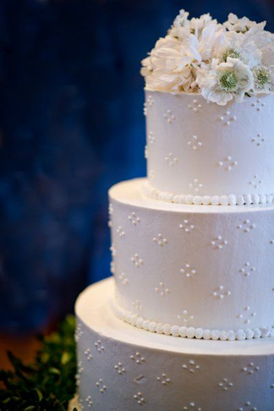Our Favorite Wedding Cake Designs, Wedding Cakes Photos by Elizabeth Davis Photography