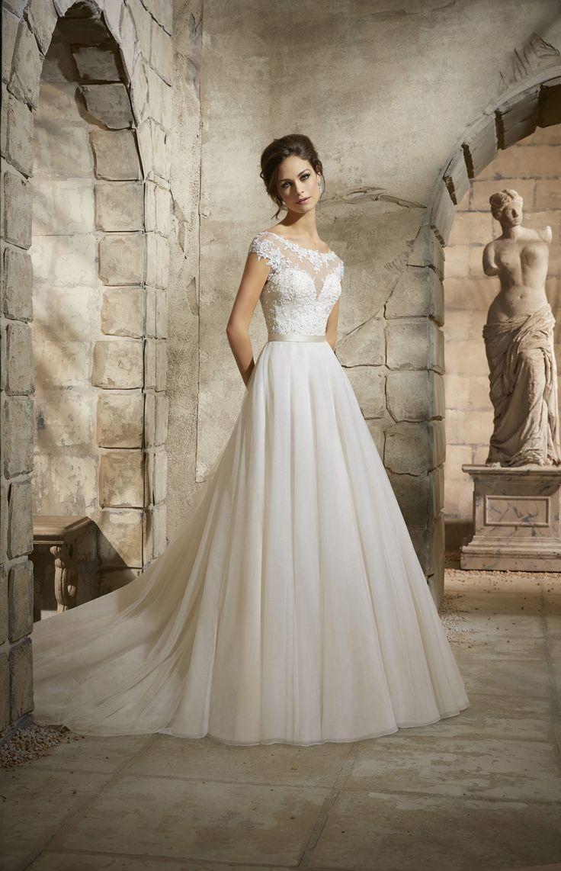 29 best COLLECTIE 2016 images on Pinterest | Wedding frocks, Short ...
