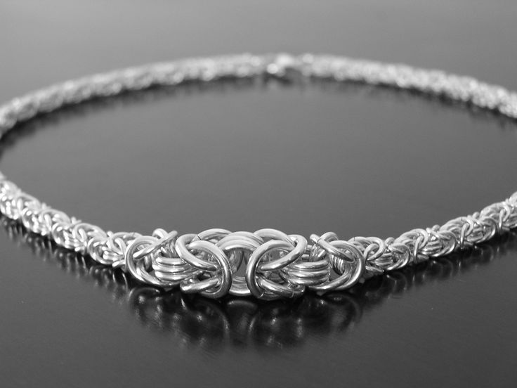 Lots of cool chainmaille here.