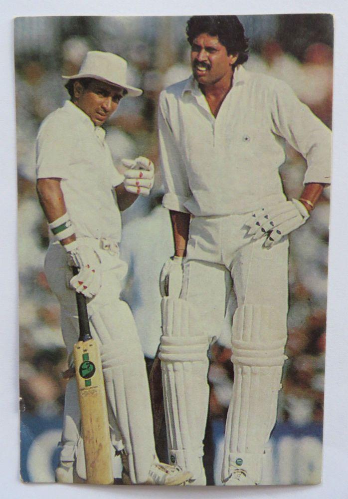 SUNIL GAVASKAR & KAPIL DEV Sport Memorabilia Postcard Indian Cricket team…