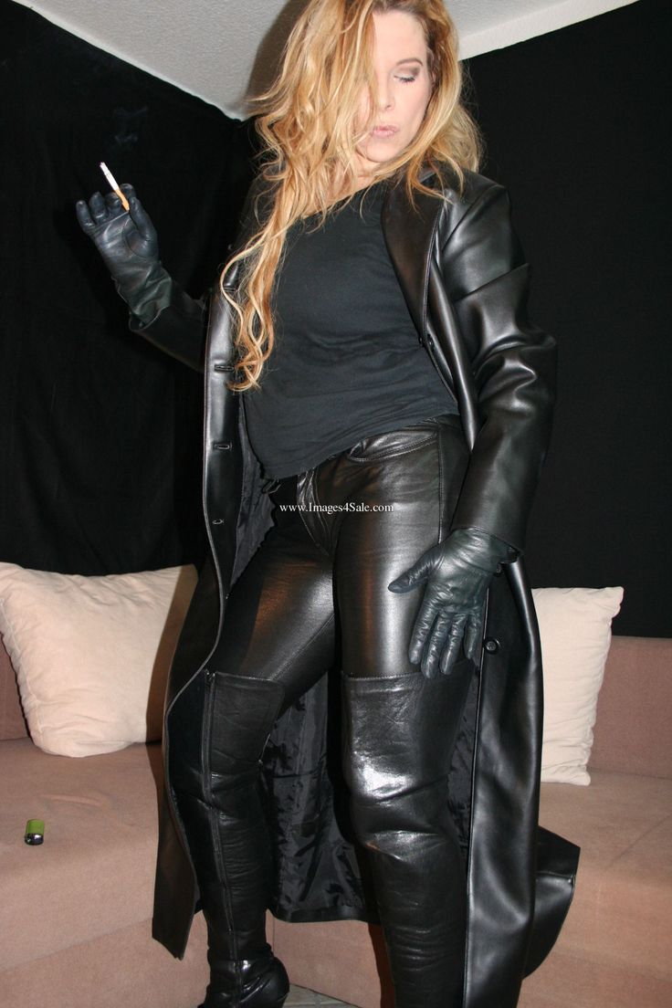 Female authority kat bitch in leather - 3 part 8