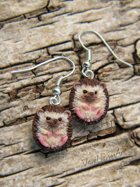 Handmade, polymer clay hedgehogs earrings by VaniLlamaArt #hedgehog #pygmyhedgehog #handmade #polymerclay