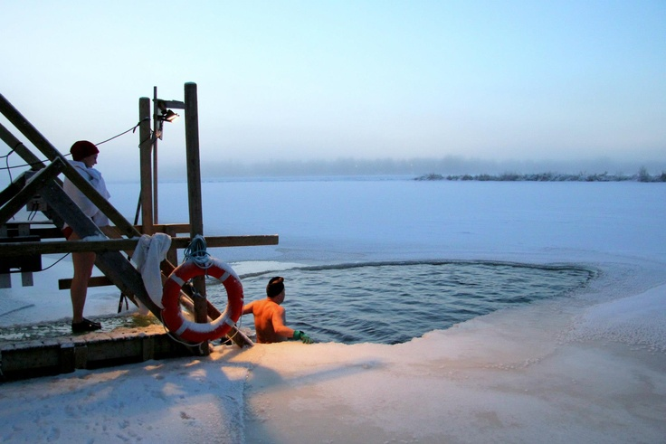 Winter swimming in Rovaniemi, Arctic Circle (Picture Jussi Perkkiö) #Finland #LuxuryTravel #Lapland