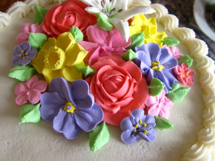 how to make royal icing flowers for wedding cakes 68 best royal icing flowers images on 15982