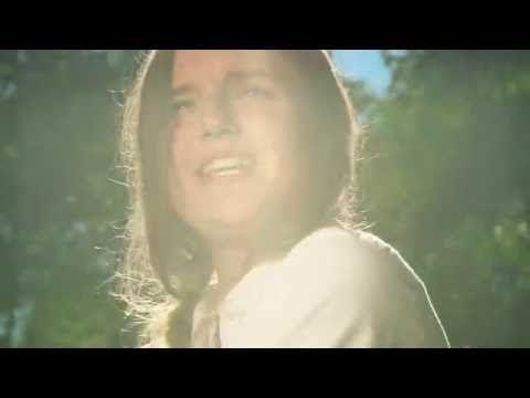 Rokiczanka - Oj, zagraj mi muzyko! (Official Video) - YouTube