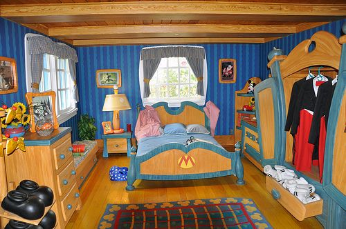 Mickey Mouse House at Disney World - 2009