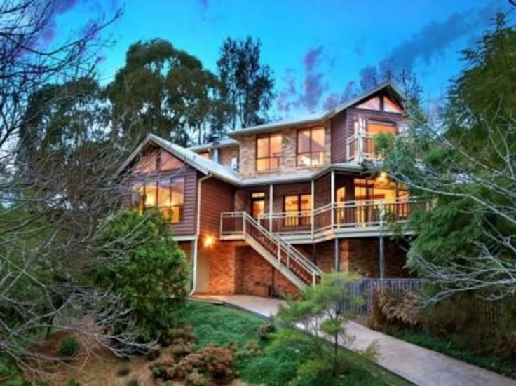 """Other in Wollongong, Australia. """"Aviemore Place"""" is a home full of character and charm. It offers PRIVACY, CLOSE proximity (5 minutes) to Wollongong Centre, the Wollongong University and beaches. Set in the foot hills of Mount Keira, you enjoy stunning views and warm sunshine.  ..."""
