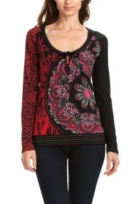 Desigual women's Alma T-shirt. A long sleeved T-shirt with a dominant colorful print. Choose your color.