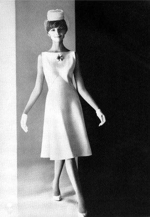Love the 60's MOD Bride also - Very BARBIE Lovely 1960s wedding dress www.partyista.com