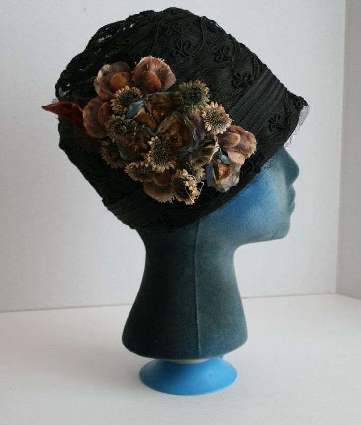 STUNNING 1920s FRENCH Flapper Silk Embroidered Net Velvet Floral 20s Cloche Hat