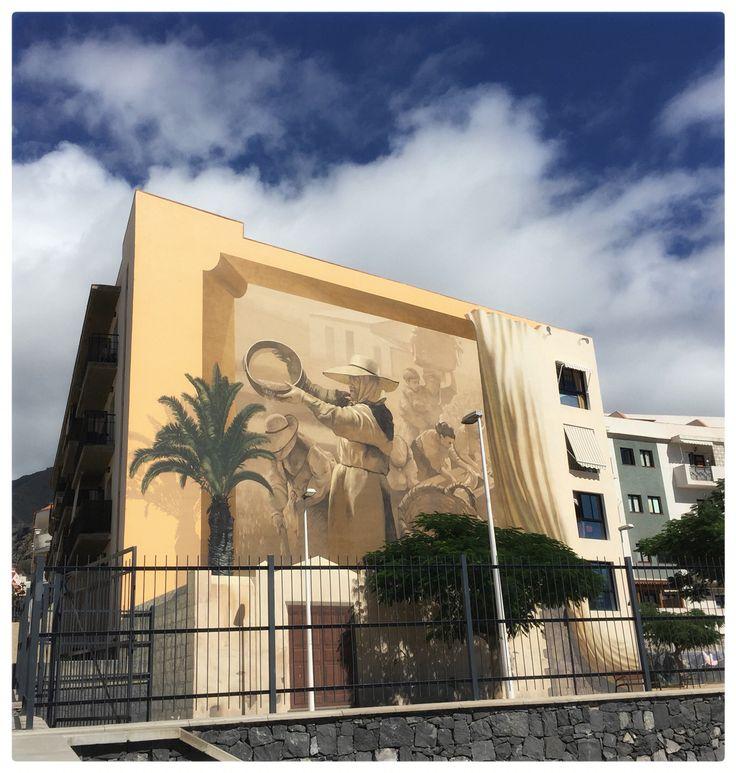 Adeje, southern Tenerife, street art, graffiti.