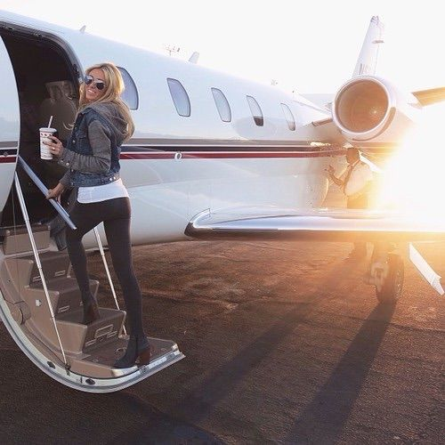 Luxury Woman On Airplane : Image via we heart it adventure beauty blonde clothes