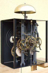 Vous pourrez calculer ci-dessous le prix des configurations les plus courantes des ensembles mouvements d'horloges comtoises. Toutes les configurations sont en stock. Nous expédions nos mécanismes d'horloges comtoises dans le monde entier.