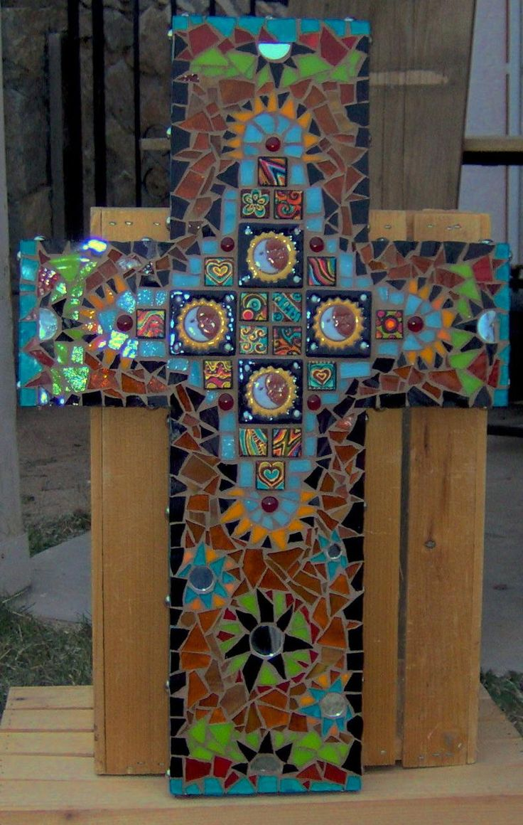 956 best images about mosaic objects on pinterest mosaic for Mosaic pieces for crafts