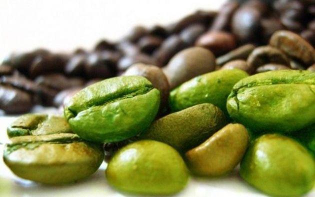 El café verde tiene un alto contenido en polifenoles, siendo un útil antioxidante para combatir los procesos degenerativos del cuerpo humano. Descubre en nuestro blog otros beneficios.  http://vendingselecta.blogspot.com.es/2013/06/el-cafe-verde.html