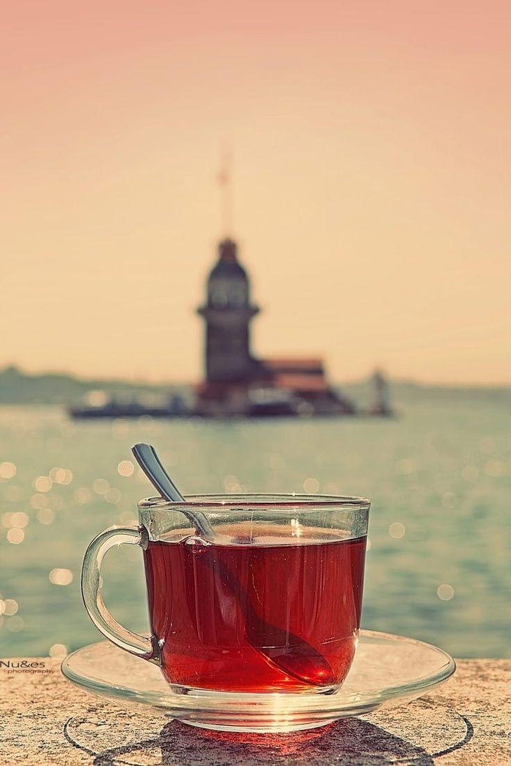 Biz sevdiğimize seni çok özledim diyemezdik Bir çay demler, Oturur şiir yazardık. - Yusuf Mesçioğlu