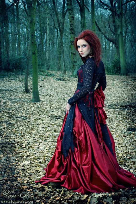 This looks kinda like a steampunk little red riding hood  I'd love to do steampunk Disney princesses/fairytale/film characters omg