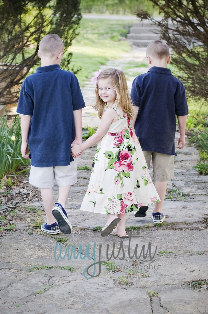 Stephanie DeMott Photography Kids Poses Kid Family Girl Little Pose