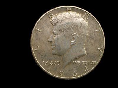 Cómo encontrar el valor del medio dólar de plata | eHow en Español