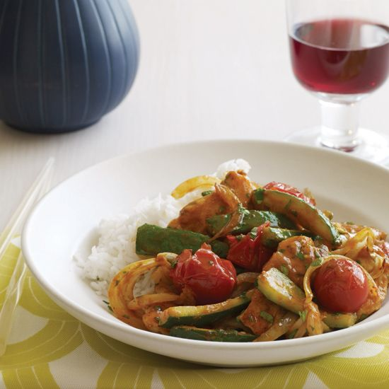 Thai Chicken, Zucchini and Tomato Curry | These Thai recipes recreate your favorite dishes right at home, including pad thai, pad see yew and chicken curry.