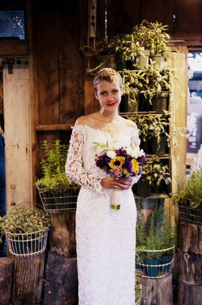 vintage bride in a lace gown