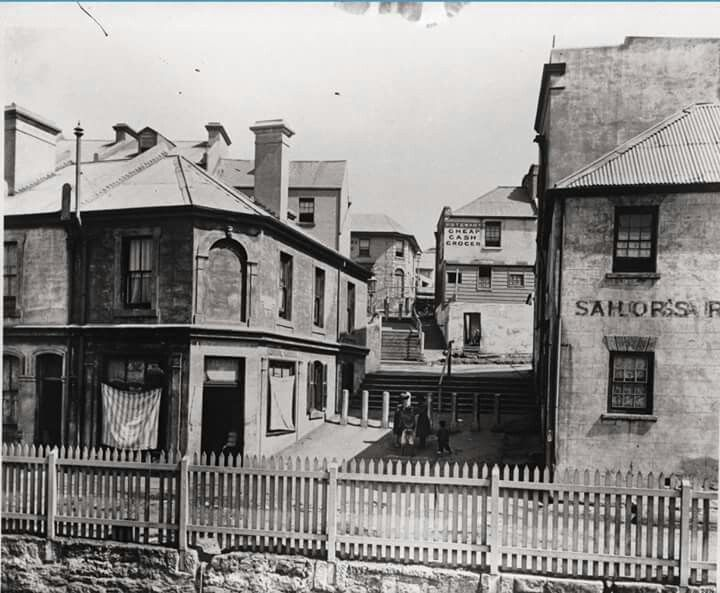 Cumberland Place,The Rocks,Sydney in 1912.Photo from Powerhouse Museum.A♥W