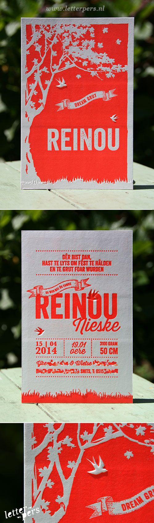 letterpers_letterpress_geboortekaartje_reinou_rood_preeg_zwaluw_typografisch_bijzonder