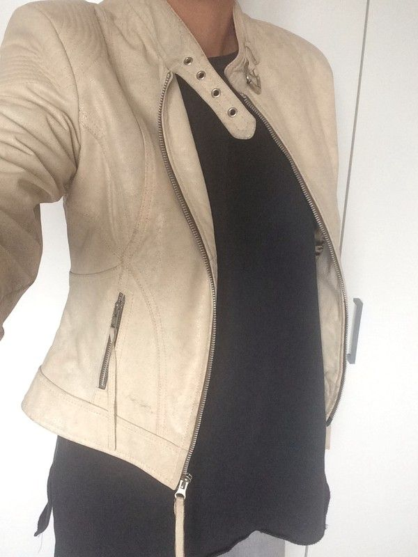 Perfecto Morgan en cuir beige https://www.vinted.fr/membres/12200372-mya13