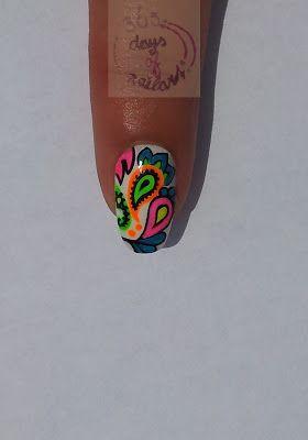 Neon + Paisley = WOW!       365+ days of nail art: Day 189) Nail art paisley