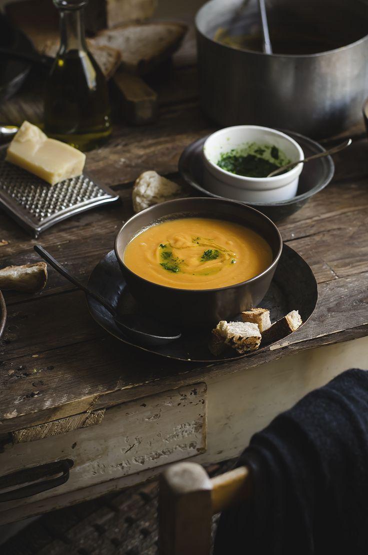 Zuppa di zucca, patate e cannellini (Fotogrammi di zucchero)