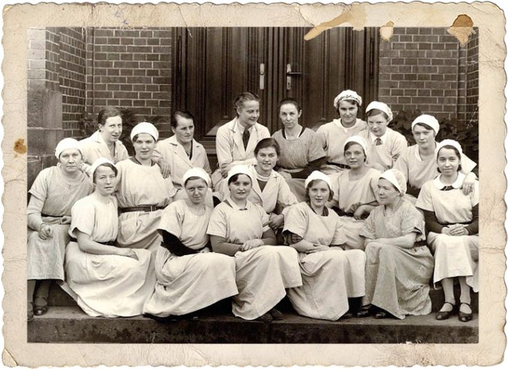 Mitarbeiterinnen der Versuchsküche 1934, Historische Sammlung Dr. Oetker