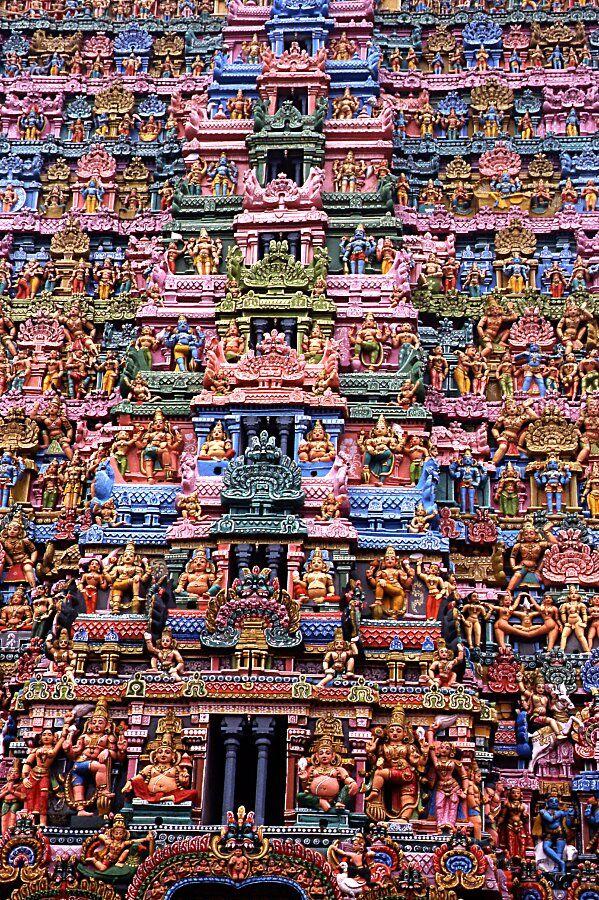 Débauche de couleurs au temple de Kumbakonam