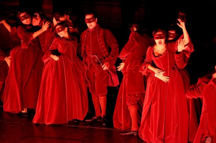 """""""È aperto a tutti quanti! Viva la libertà!""""  Don Giovanni, Opening Night 2011/2012 Season"""