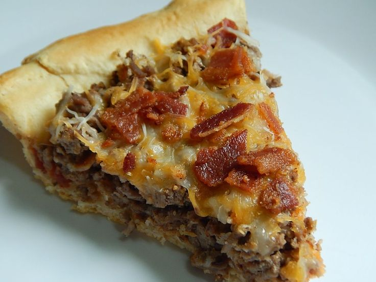 Bacon cheeseburger pie by drizzle me skinny - 8 smart points