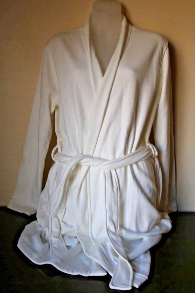 11a2afbe372 UGG Women's Robe Clarence White Cream Size Medium (M) and Large (L ...