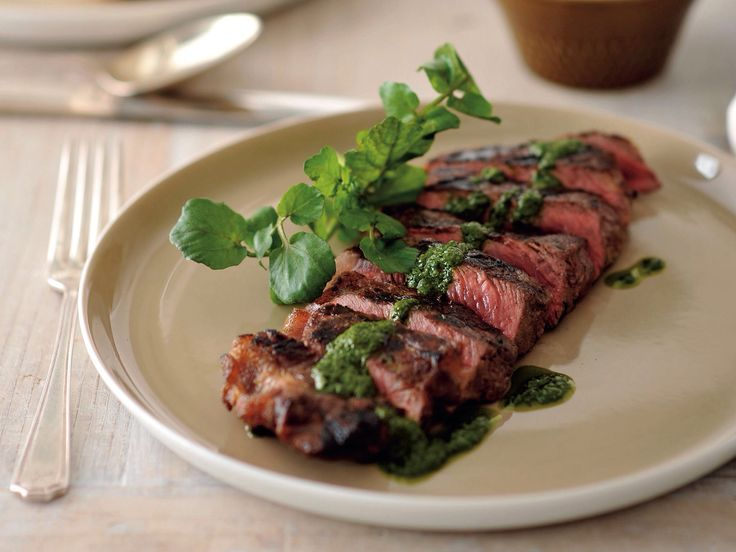 BARBECUE STEAKS WITH CHIMICHURRI SAUCE
