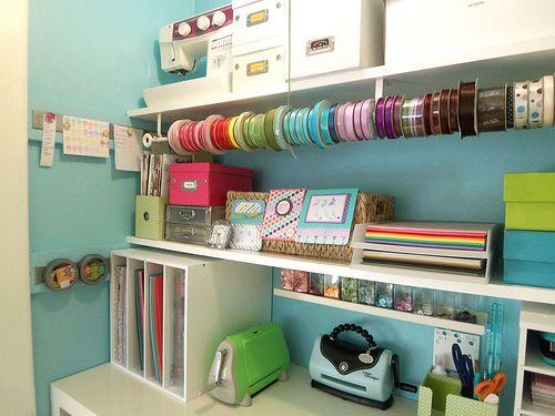 OrganizingExtra Room, Ribbons Storage, Crafts Spaces, Room Ideas, Crafts Room Storage, Crafts Storage, Organisation Housewife, Organic Crafts, Storage Ideas