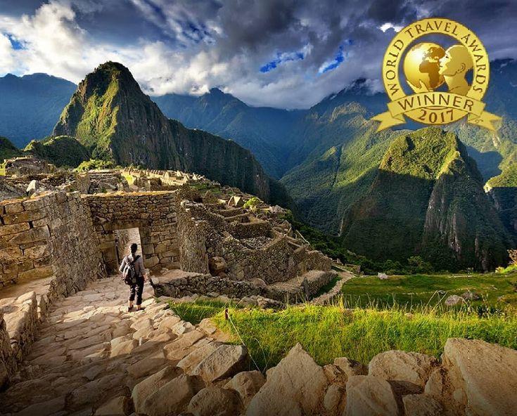 Machu Picchu - Mejor Atracción Turística del Mundo | Cusco, Perú Por sexto año consecutivo, Perú recibió el reconocimiento como 'Mejor Destino Culinari... - Omar Reyes - Google+