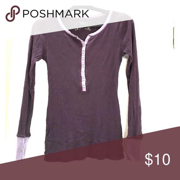 Purple long sleeve top Purple long sleeve top Old Navy Tops Tees - Long Sleeve
