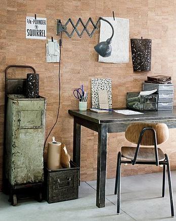 kurk behang idee voor een kurk-prikbord/memobord voor de keuken, kan ook nog een stuk stof overheen gespannen worden