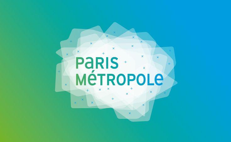 Paris Métropole est un syndicat mixte d'étude qui regroupe de nombreuses régions afin de régler des problèmes sociaux, économiques et environnementaux présents sur l'ensemble de ces territoires. http://www.parismetropole.fr/ Leur identité a été refaite par le studio de création graphéine. http://www.grapheine.com/ Le logo est composé de ces territoires superposés les uns aux autres pour montrer la cohésion entre eux et le travail commun. Sa forme général évoque la région parisienne…