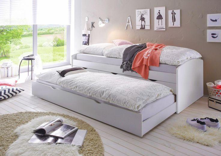 Chices Bett mit ausziehbarer Lade für besondere Gäste