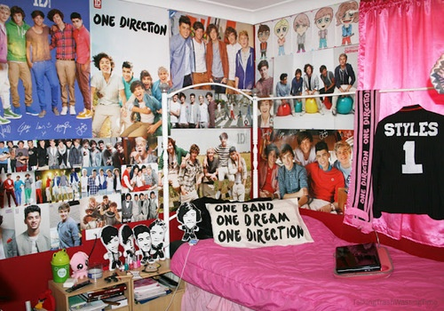 a one direction bedroom      love!!!