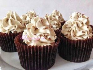 Baileys cupcakes med Baileys frosting