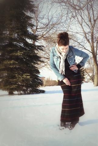 С чем сочетать длинную юбку зимой