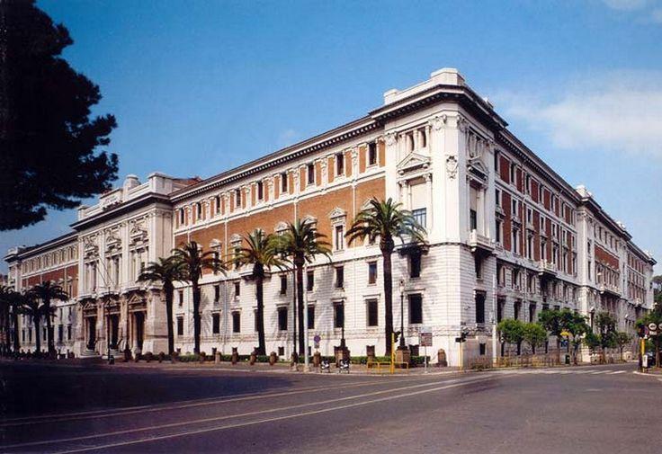 Palazzo Marina Roma.jpg